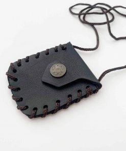 Poche de cou pour garder l'amulette et les talismans